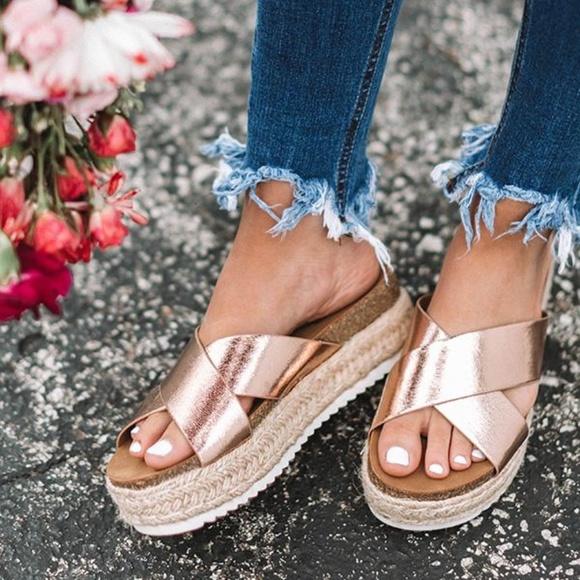 8ebdcdf48 SHOEROOM21 BOUTIQUE Shoes | New Sizes Rose Gold Ladies Platform ...